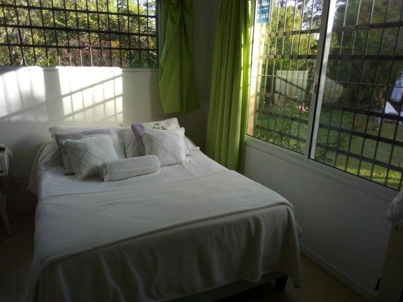 venta de casa 3 dormitorios en playa brava, punta del este.
