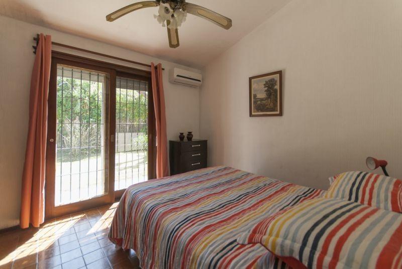 venta de casa 3 dormitorios en playa mansa, punta del este.-