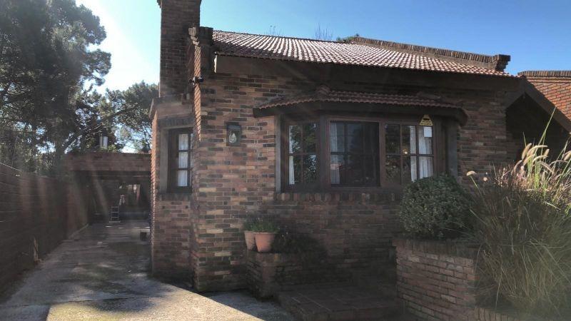 venta de casa 3 dormitorios punta del este.-