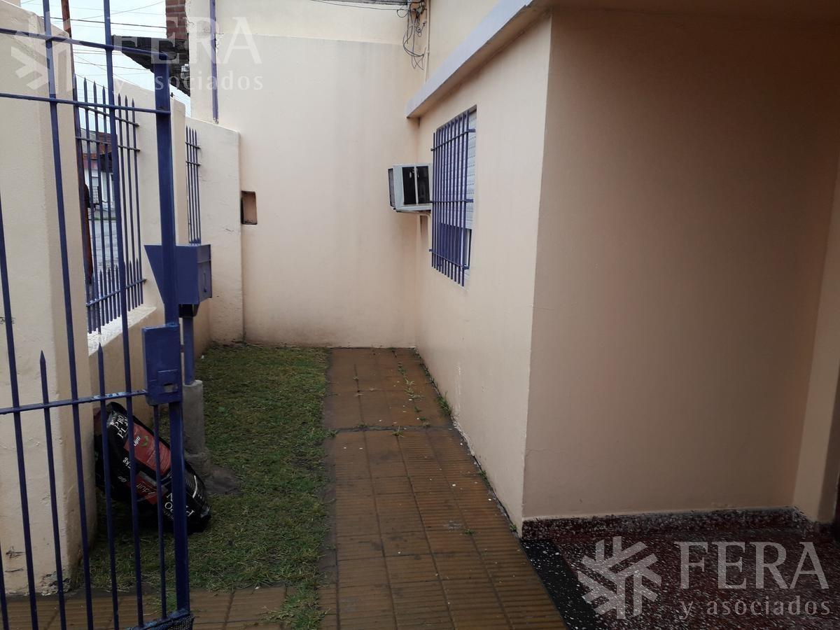 venta de casa 4 ambientes en bernal oeste (26514)