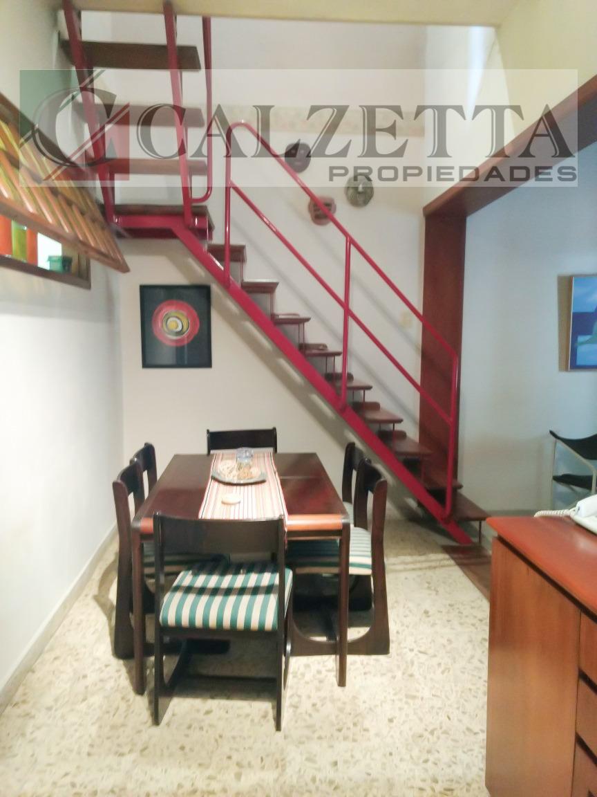 venta de casa 4 ambientes en dos plantas apta crédito