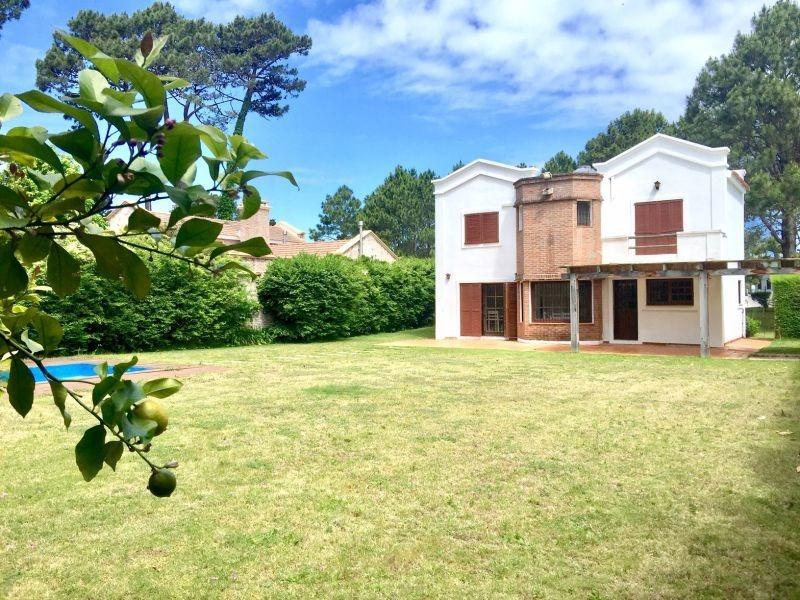 venta de casa 4 dormitorios en lugano, punta del este.