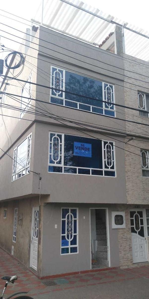 venta de casa 4 pisos  excelente ubicación