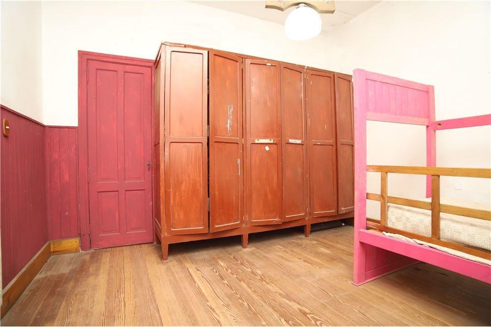 venta de casa 5 ambientes. lote propio en caseros.