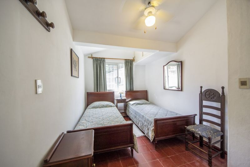 venta de casa 5 dormitorios en playa mansa, punta del este