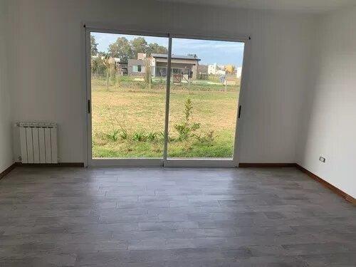 venta de casa 7 ambientes en b° santa juana de canning