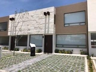 venta de casa a 12 km de galerías metepec