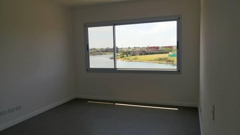 venta de casa al lago en bº san francsico