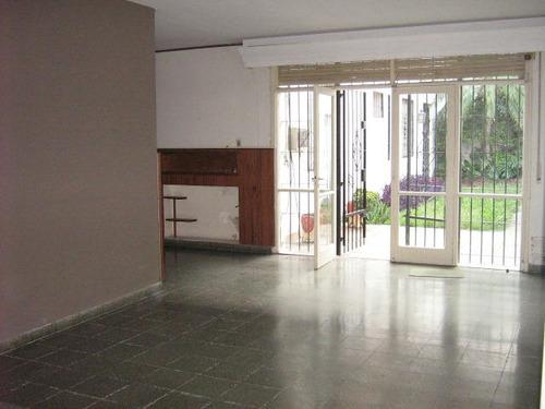 venta de casa centrica, sobre av. 29, 3 dormitorios en mercedes (b)