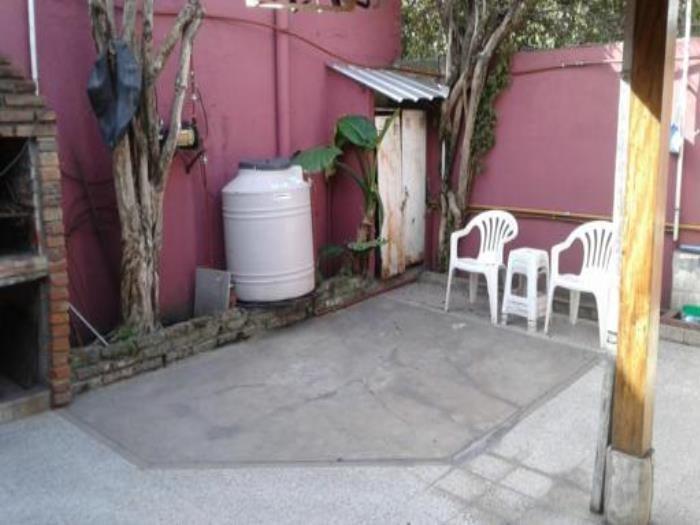venta de casa con 2 dormitorios en villa dominico (22508)