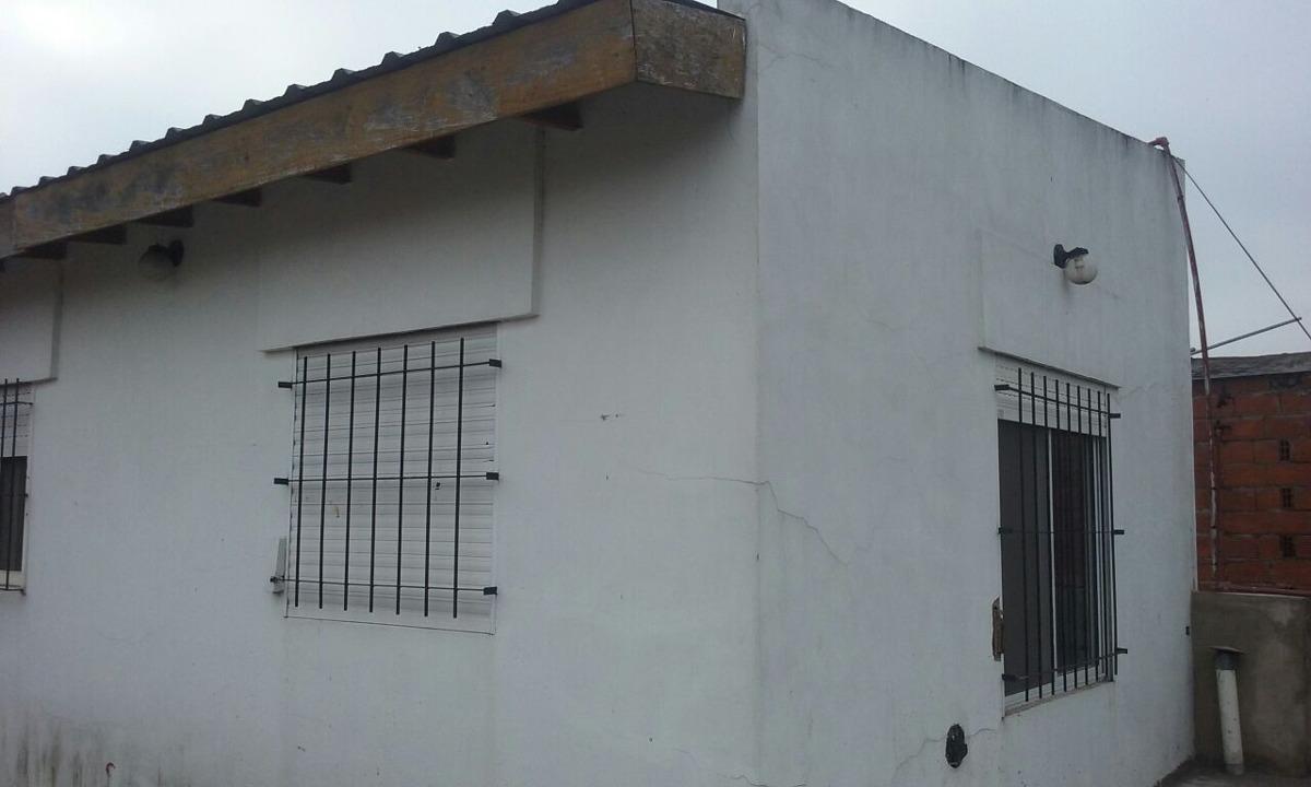 venta de casa con local al frente - los polvorines