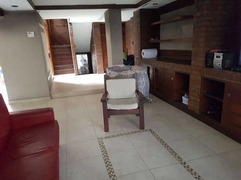 venta de casa de 3 dormitorios zona plaza paso, centro de la