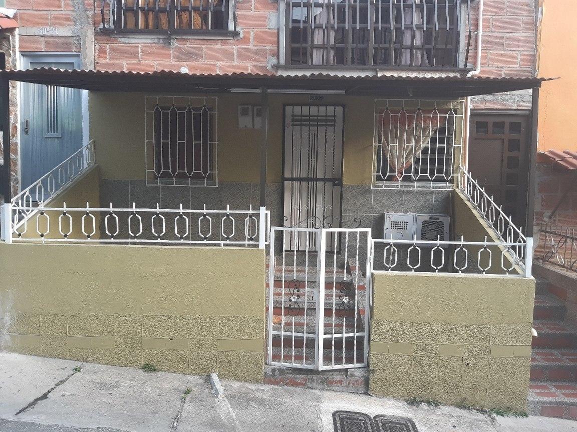 venta de casa de 4 habitaciones 2 baños