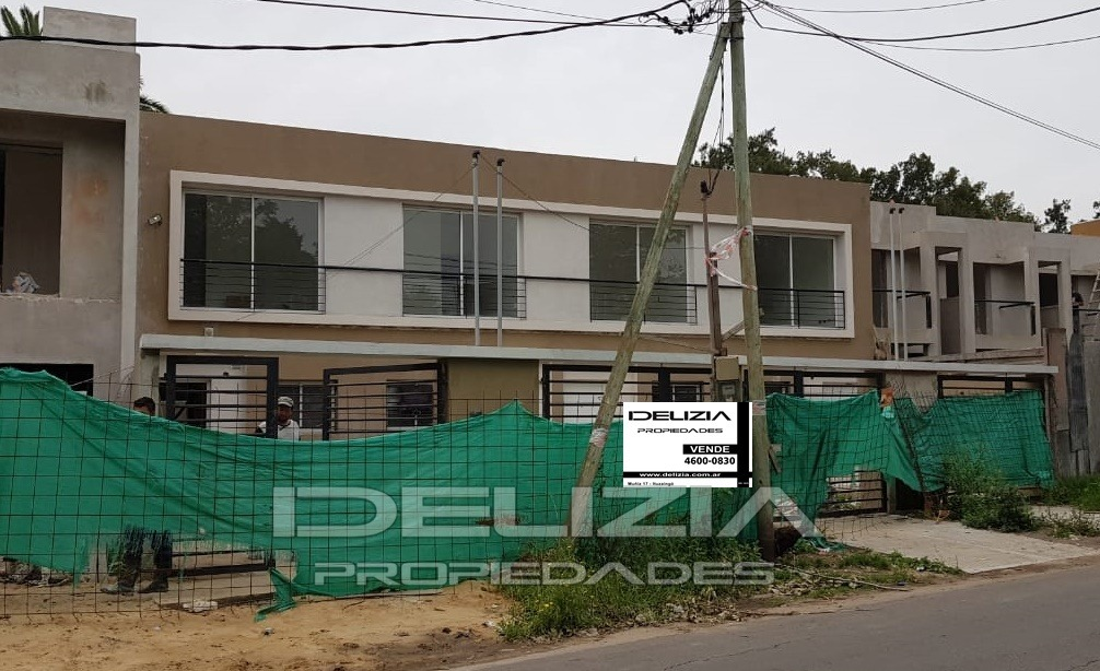 venta de casa duplex en ituzaingo