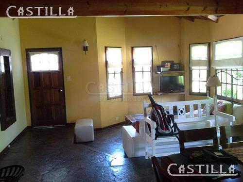 venta de casa en 1 planta en club de campo aranzazu