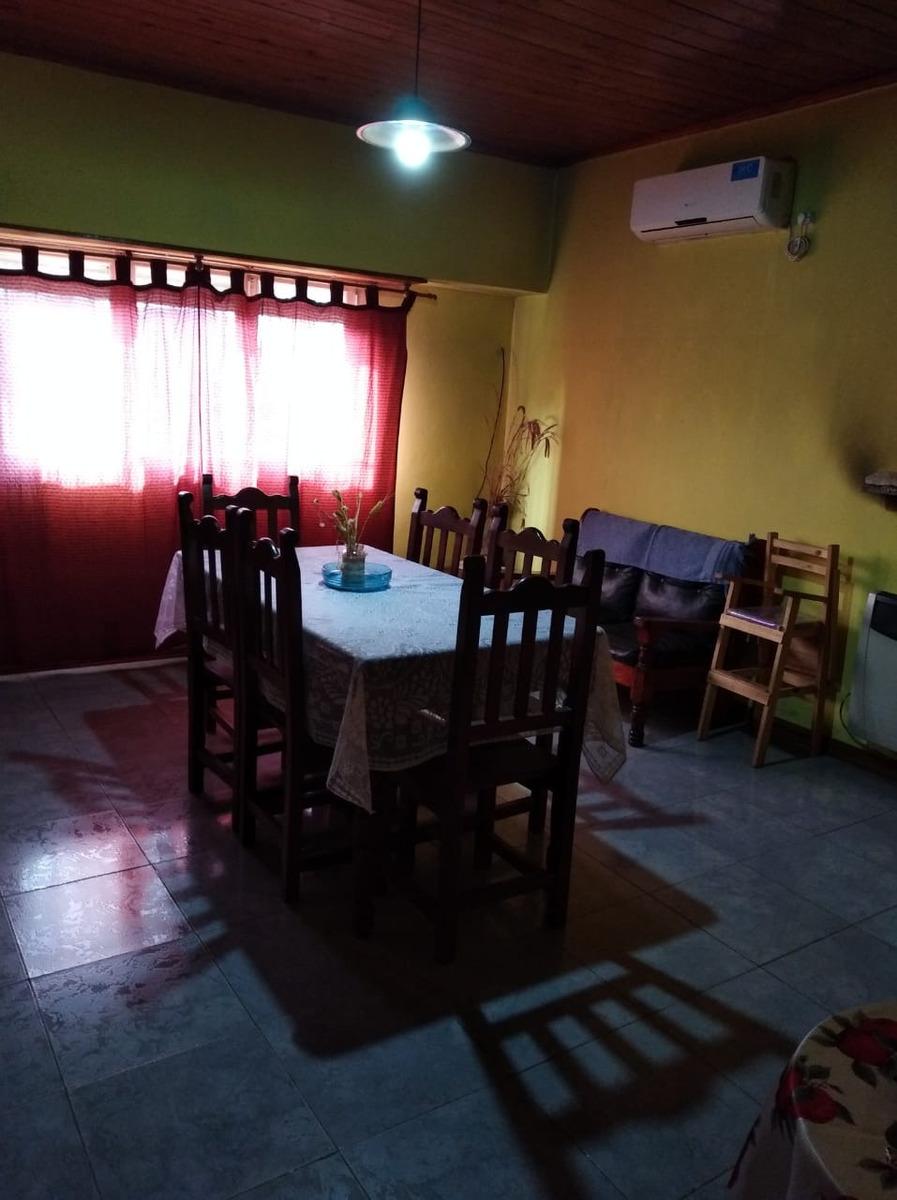 venta de casa en almirante brown, barrio malvinas argentinas