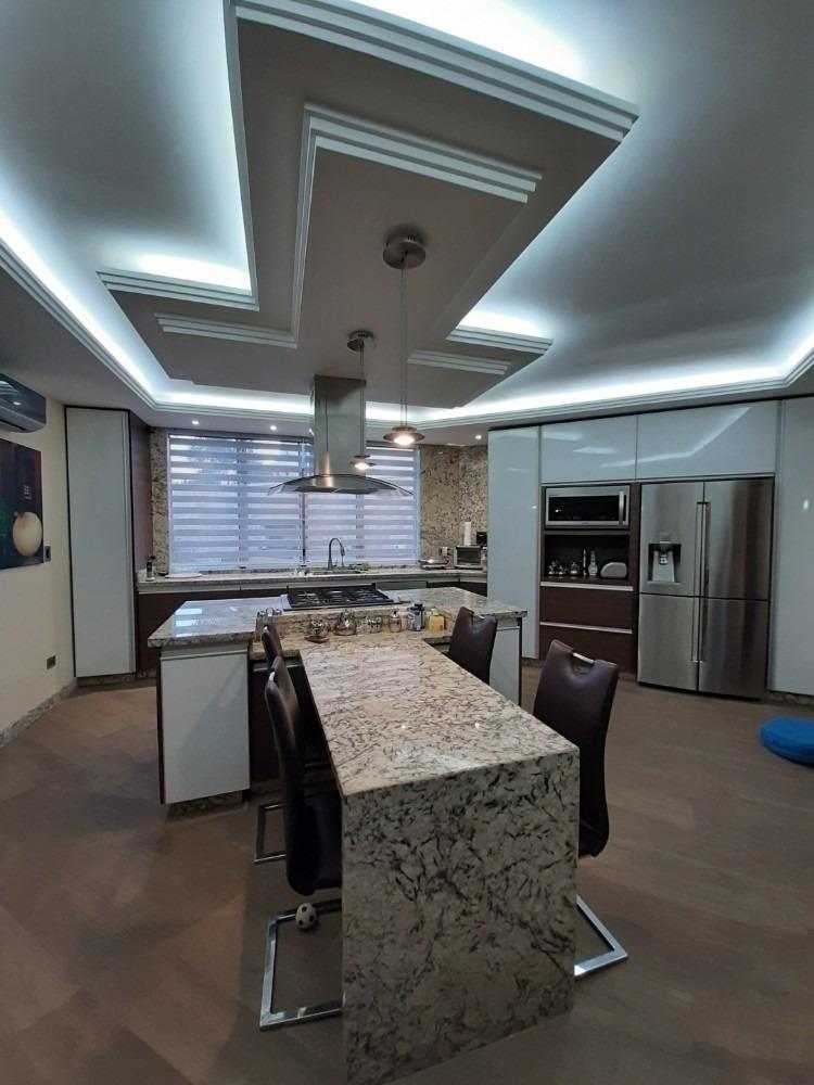 venta de casa en altos de guataparo bg410723