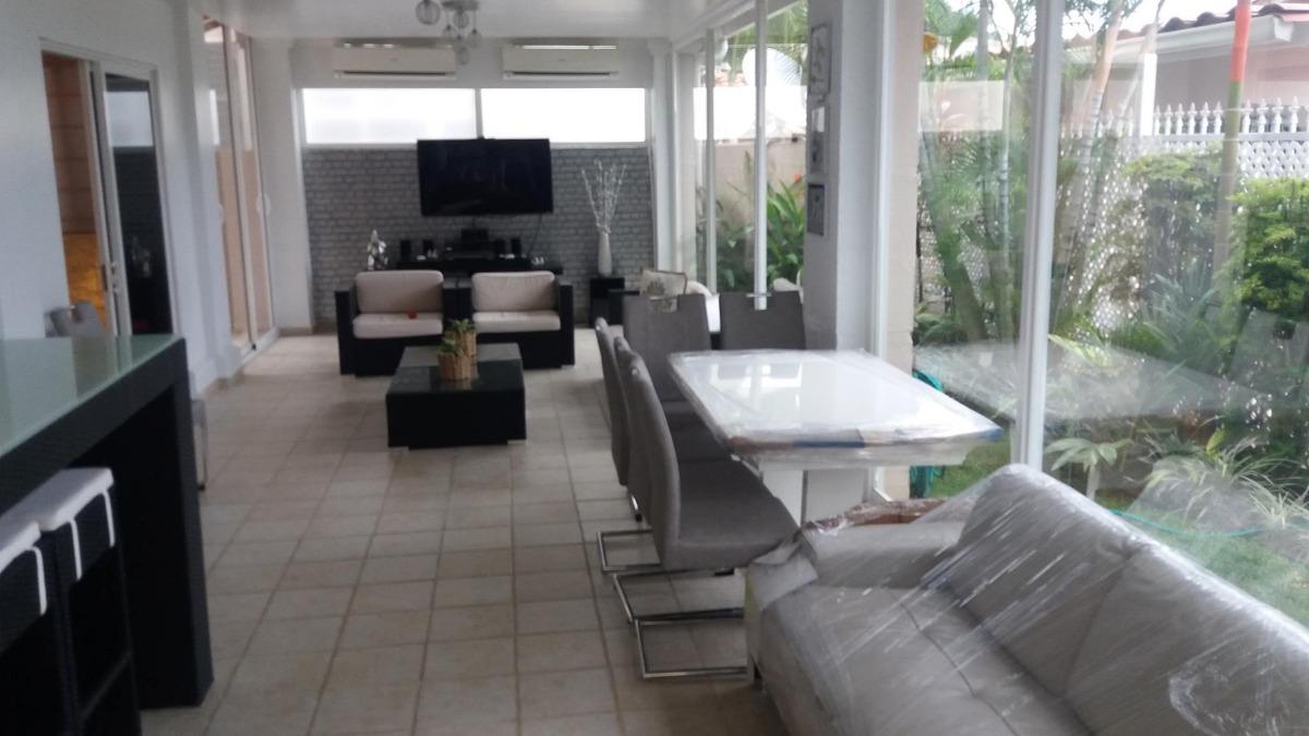 venta de casa en altos del country, altos de panamá 20-6012