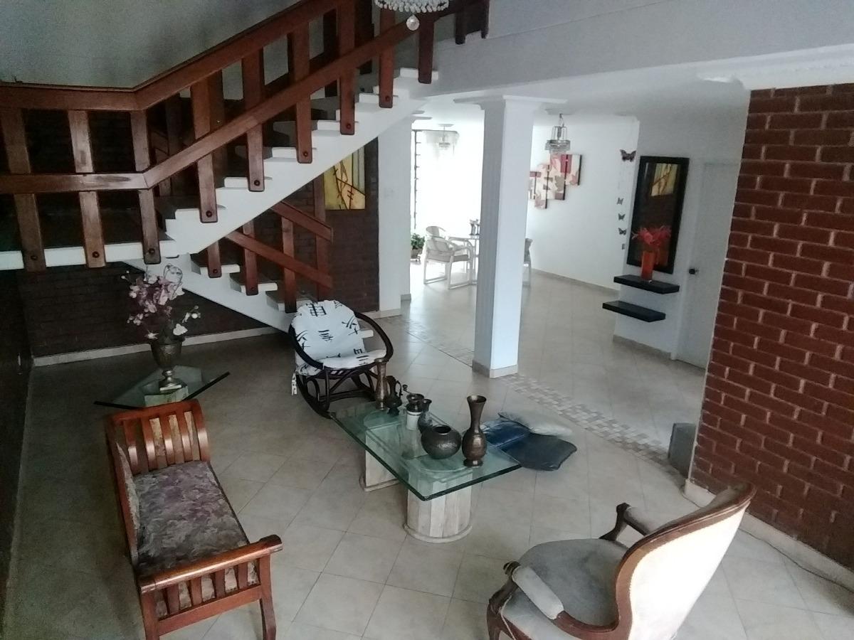 venta de casa en b/ profesionales, armenia. q