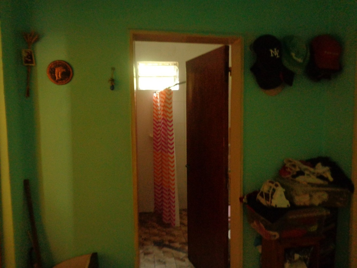 venta de casa en burzaco: oportunidad!! casa 3amb.2dormit.