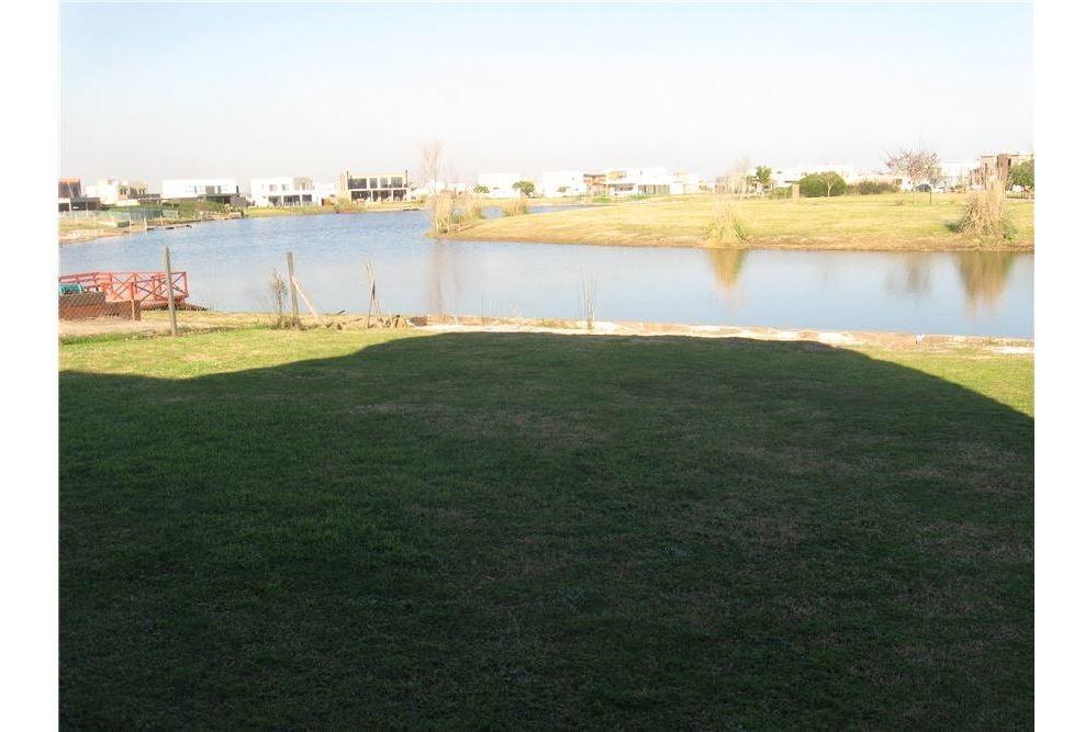 venta de casa en cantón norte a la laguna