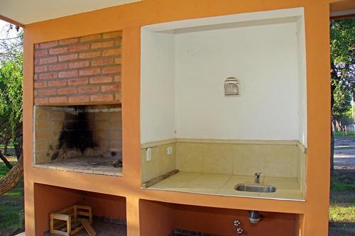 venta de casa en carpinteria con piscina a estrenar