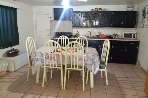 venta de casa en colonia independencia - cuenta con departamento para rentar
