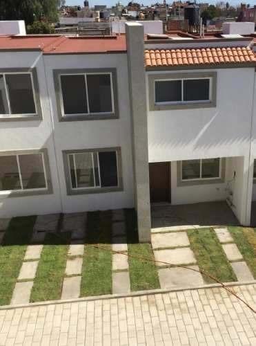 venta de casa en conjunto habitacional luna de zerezotla
