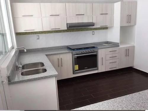 venta de casa en el refugio 32 &