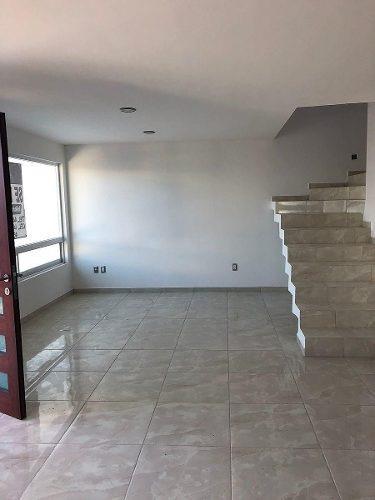 venta de casa en el refugio 51 &