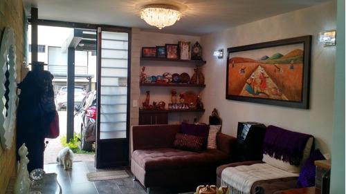 venta de casa en excelente urbanización marinilla