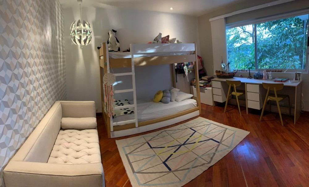 venta de casa en exclusiva zona residencial