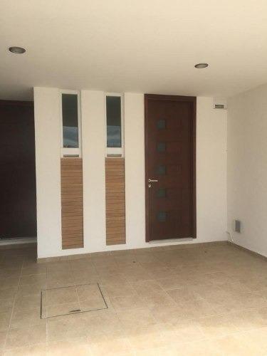 venta de casa en fraccionamiento cerca hermanos serdan
