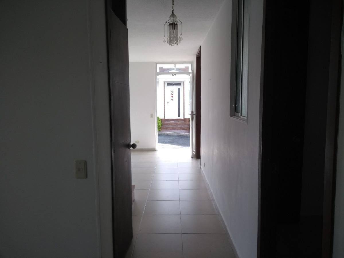 venta de casa en la av 19 de armenia, q.