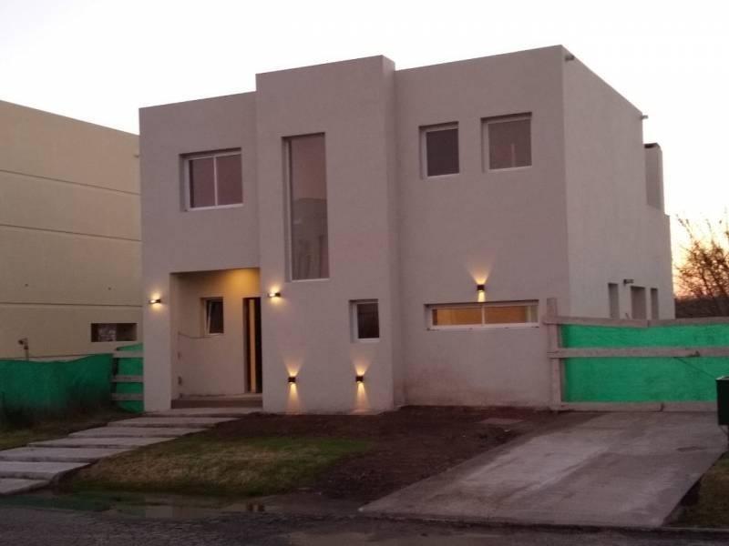 venta de casa en la cañada de pilar los robles