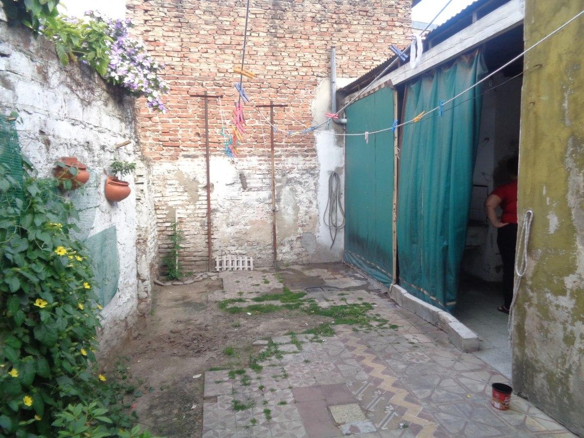venta de casa  en lanus oeste,  corte antiguo,3dormitorios