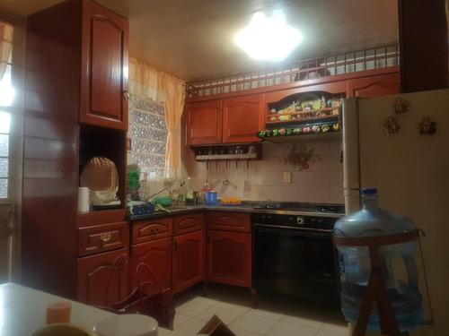 venta de casa en lomas estrella, 2da sección