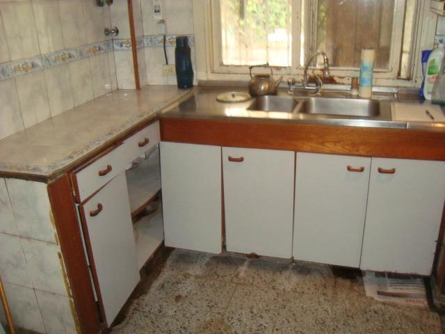 venta de casa en longchamps, lote de 18 x 30 mts casa y dpto