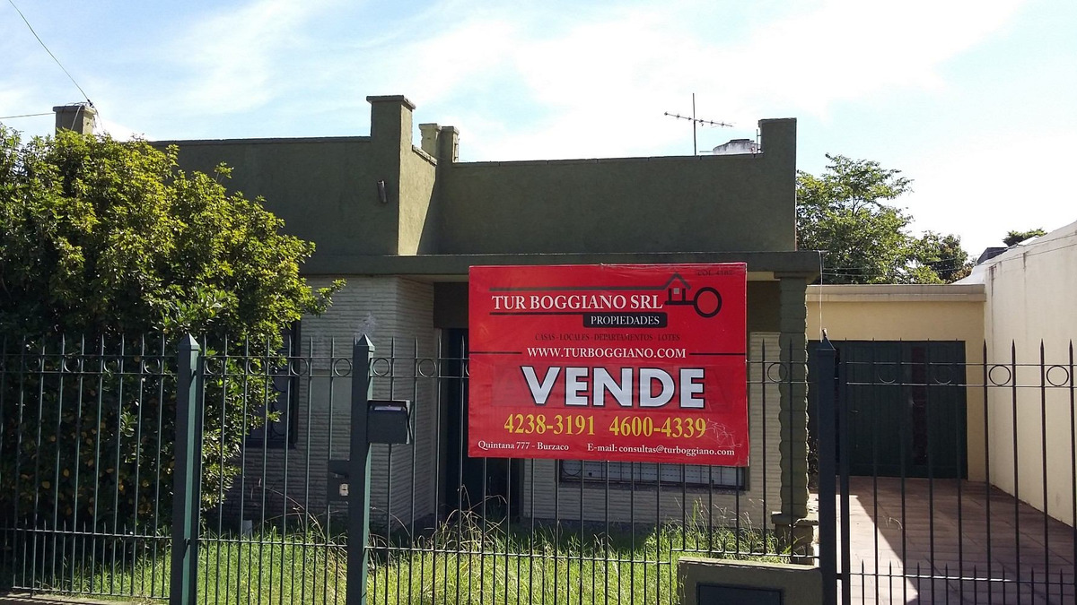 venta de casa en malvinas argentinas.