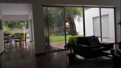 venta de casa en palmira en fraccionamiento en cuernavaca