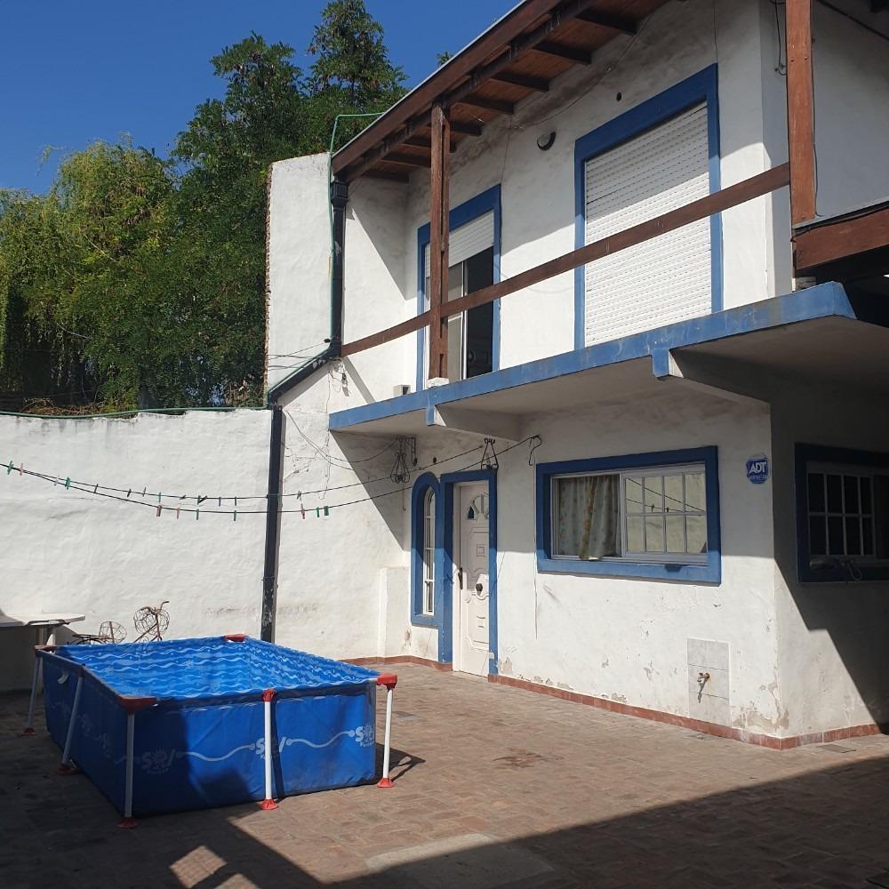 venta de casa en ph. 4 amb. con patio, garage y parrilla