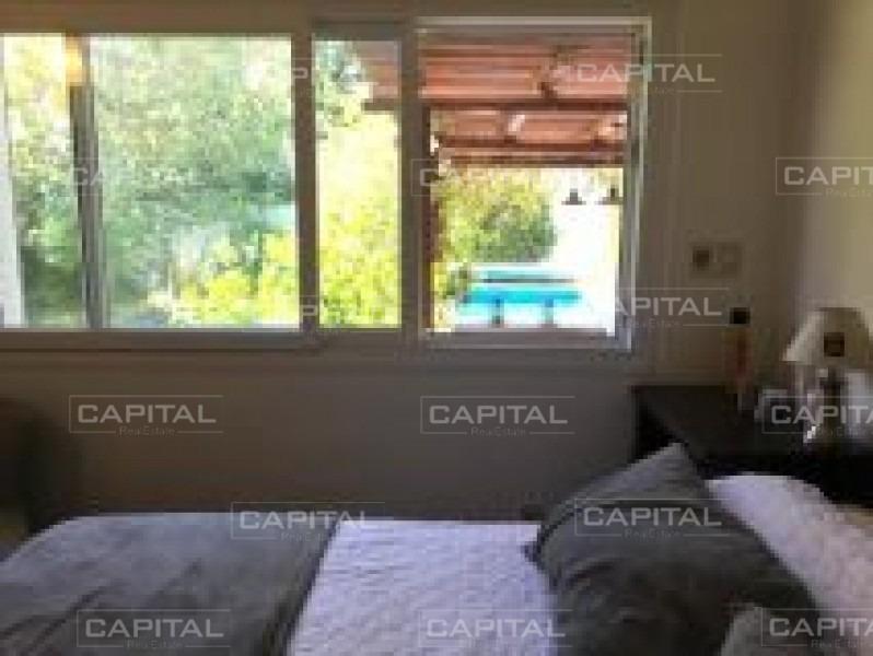 venta de casa en playa mansa a pocas cuadras del mar con piscina climatizada-ref:28690