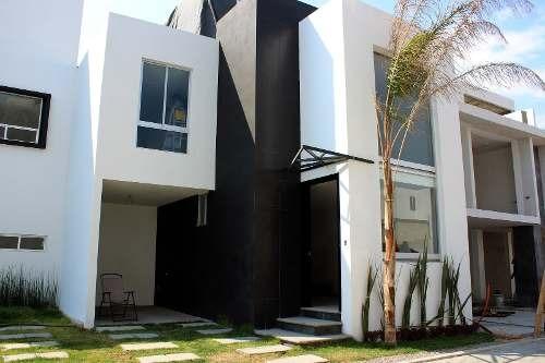 venta de casa en residencial venecia