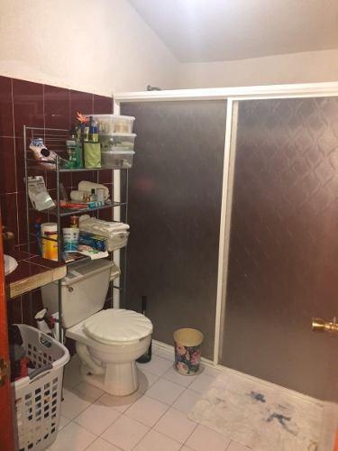 venta de casa en sm507 con 4 hab y 3 baños