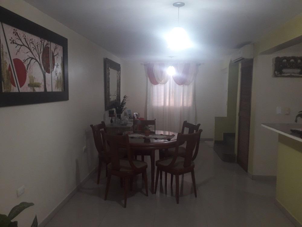 venta de casa en villa en amparo