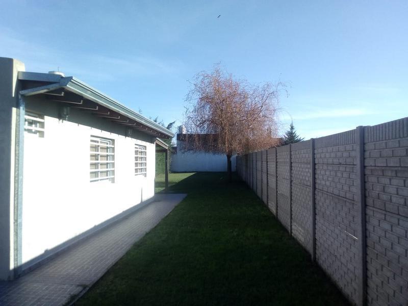 venta de casa en villa parque sicardi