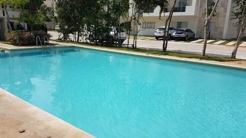 venta de casa exclusiva dentro de fraccionamiento en cancún