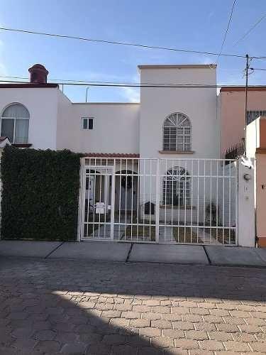 venta de casa la joya 3 recámaras, 130mts de construcción, espacio de jardín y p