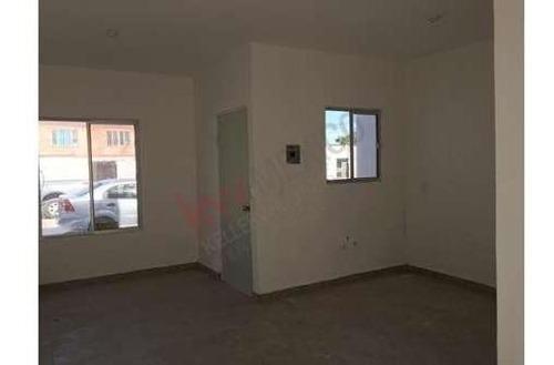 venta de casa nueva cerca de imss 43, con fácil acceso vías rápidas como periférico,