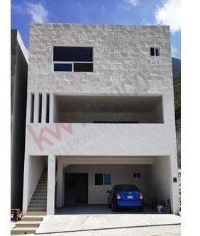 venta de casa nueva en contry sur